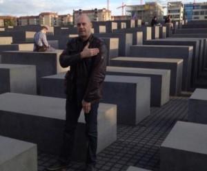 ALAIN SORAL QUENELLE MEMORIAL HOLOCAUSTO BERLIN