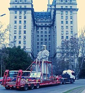 Traslado del monumento a Cristóbal Colón en Buenos Aires
